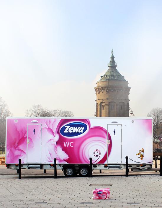 Foto: Zewa Toilettenwagen